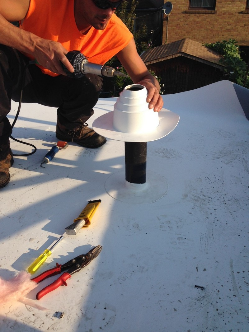 Tips For Do It Yourself Caulking Jobs Avenue Road Roofing