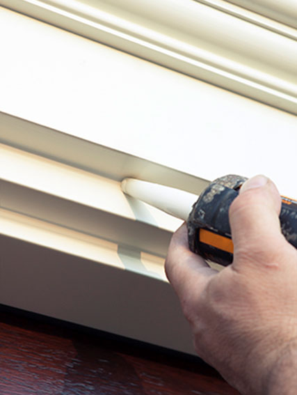 Benefits of Properly Caulking Your Siding in Toronto