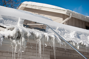 Risks of Roof Damage in Winter
